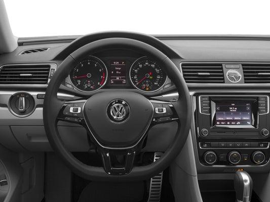 Passat R Line 2017 >> 2017 Volkswagen Passat R Line W Comfort Pkg