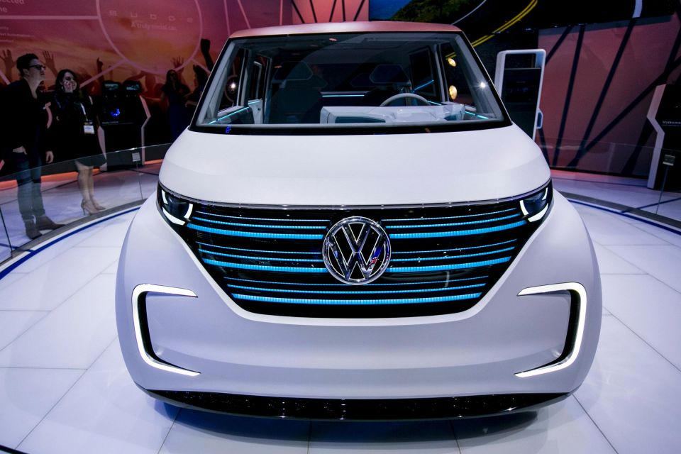 Electric VW BUDD-e Concept Debuts At New York